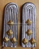 sblab024 - 4 - HAUPTMANN - PIONIERE - Army Engineers - pair of shoulder boards