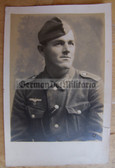 wpc467 - Wehrmacht soldier studio portrait photo with Eastern Front Medal Ribbon