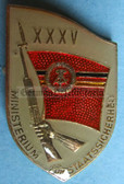 om955 - 4 - original MfS Stasi Staatssicherheit 35 years anniversary badge - Erich Mielke
