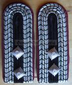 sbbf007 - 5 - LOESCHMEISTER - Berufsfeuerwehr Professional Fire Service - pair of shoulder boards