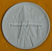 oo091 - East German Leipzig Leipziger Messe Meissen Porcellain table medal