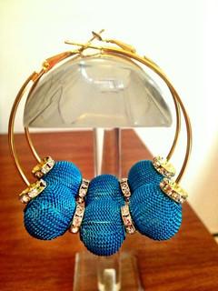 Basket baller earring Blue mesh balls