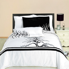 Huntington Embroidered Multi-Piece Duvet Set