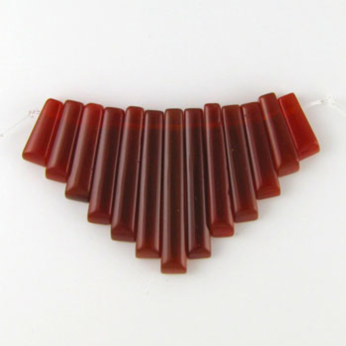 CL0025 - Carnelian Agate Collar (13 pieces)