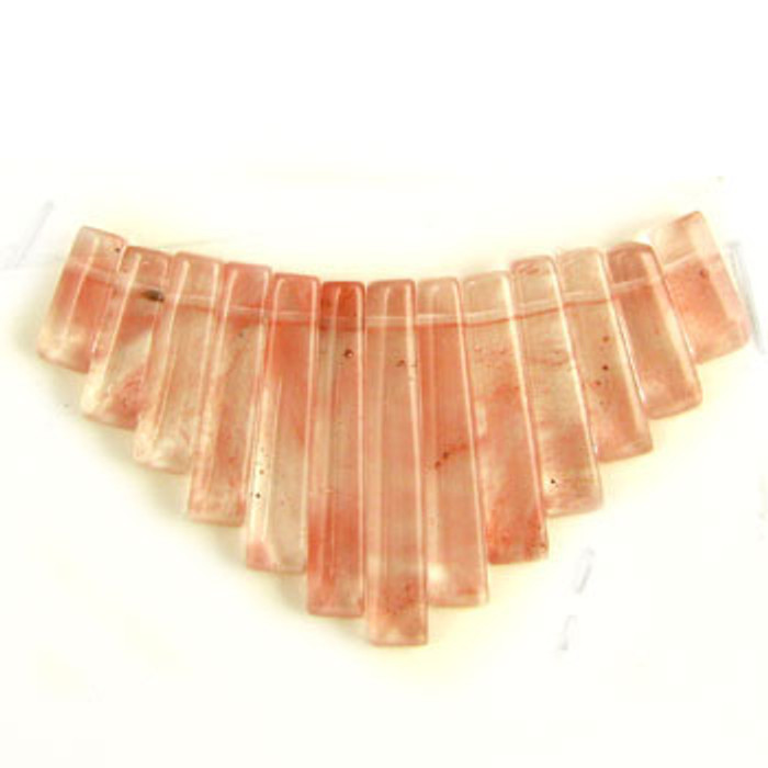 CL0037 - Strawberry Quartz Collar (13 pieces)