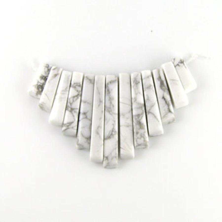 CL0004 - Howlite, White/Natural Semi-Precious Stone Collar (13 pieces)