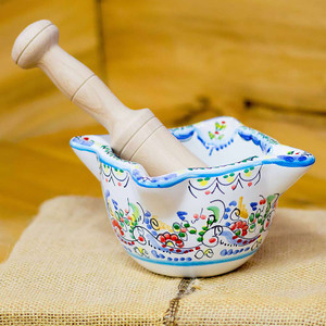 "Hand-Painted Mortar and Pestle 7.5"" x 3.5"""