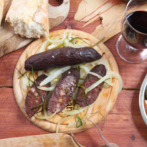 Morcilla with Onions - Black Sausage by Doña Juana