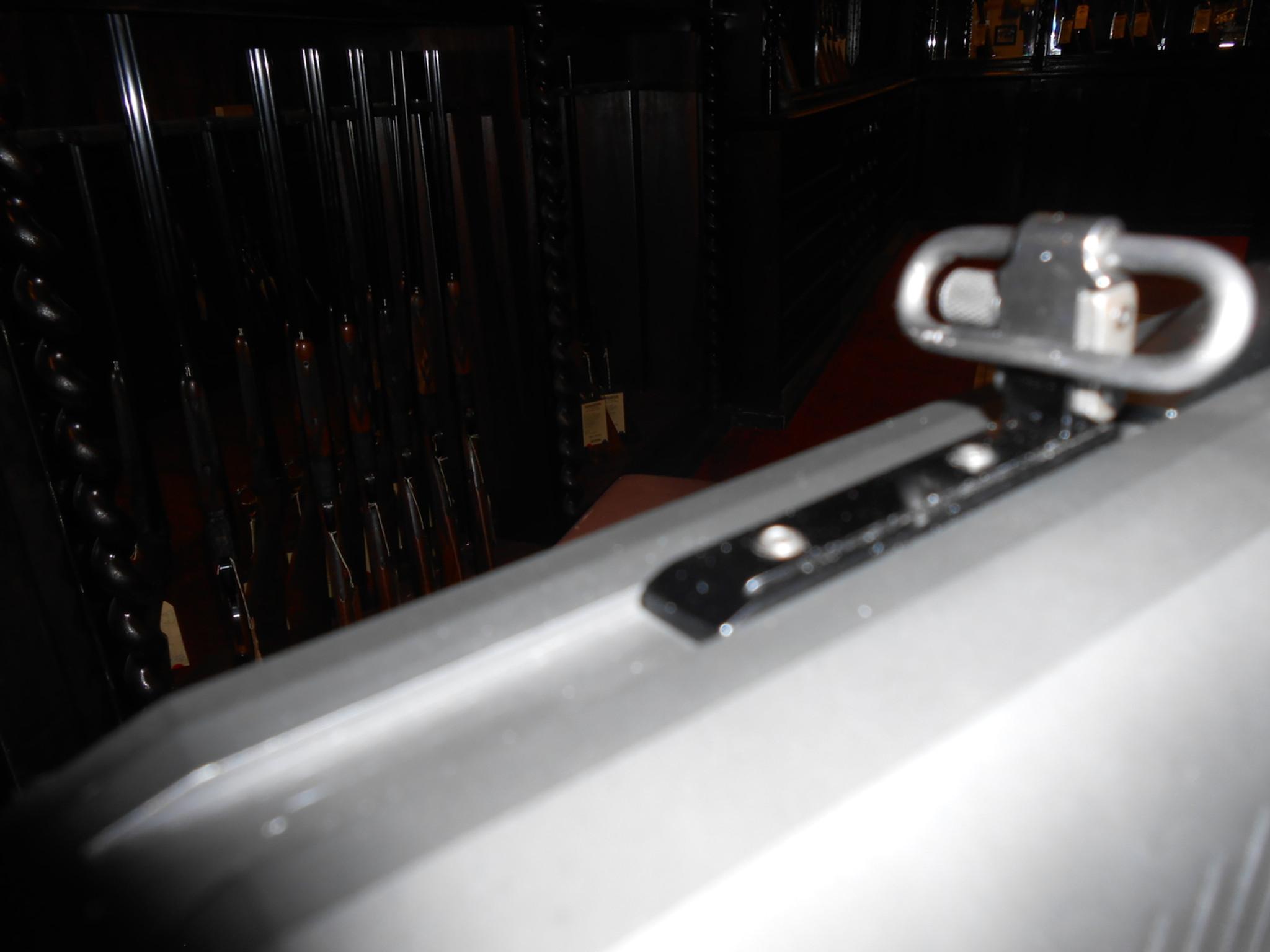 Sling mount installed in top of DP-12 receiver.