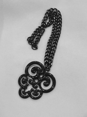 Black Scroll Medallion Short Necklace