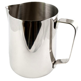 Professionalise your Barista service with a Milk Frothing Jug!   Capacity 0.6 Litre