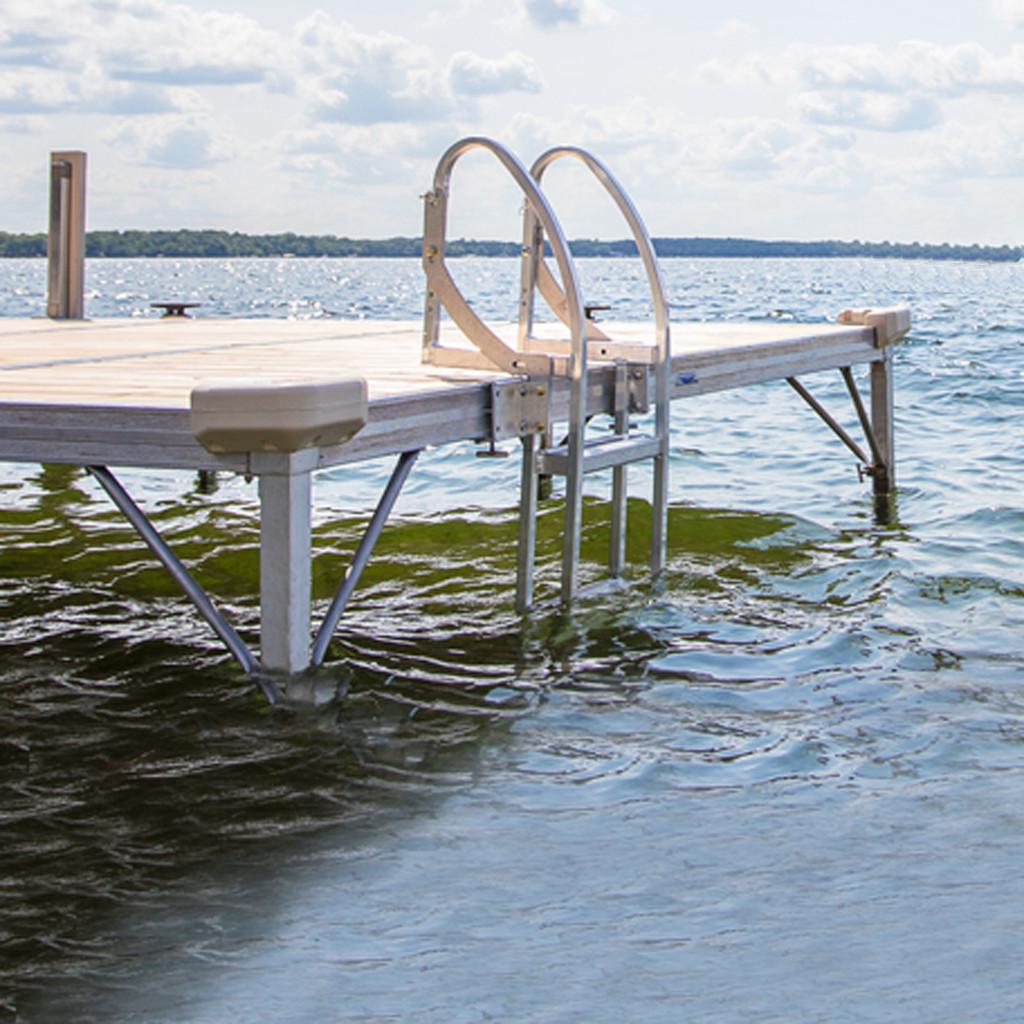 QC Pivot Dock Ladder
