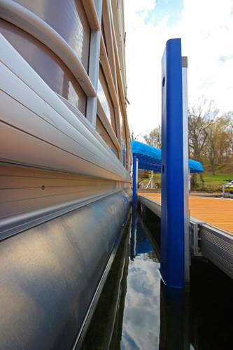QC Vertical Dock Bumper