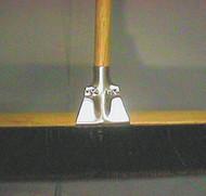 METAL BRACE METAL BROOM CLAMP