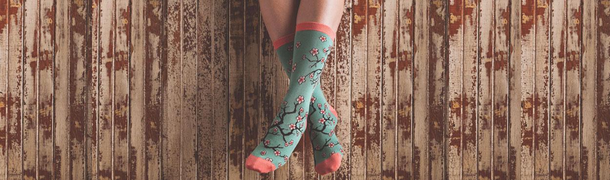women-s-sock.jpg