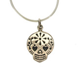 Small skull necklace.