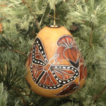 Monarch Butterflies Gourd Ornament: Light