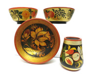 A Group of Three Khokhloma Bowls and a Small Vase (Хохломская посуда)
