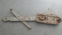 1968-1982; C3; Manual Crank Window Regulator; RH Passenger
