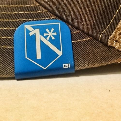 Hat clip Brim-it 1* leo blue