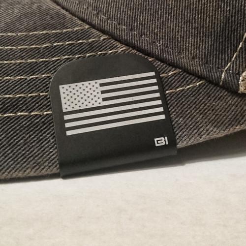 Hat clip Brim-it American Flag black/white