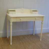 Emma's Table- French White