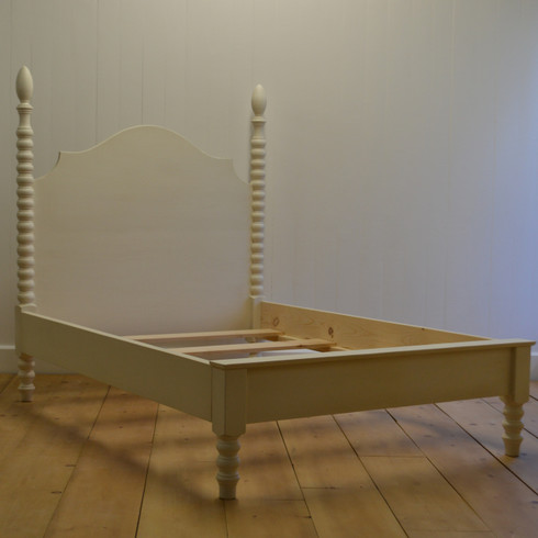 french farm spindle bed with petite footboard - Spindle Bed