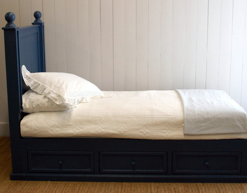 Beadboard Bed with Drawers