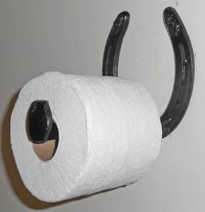AMISH HORSESHOE TOILET PAPER HOLDER - Black Enamel