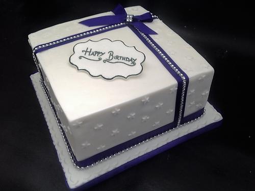 Square Gift Box Cake