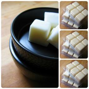 Bundle deal! Sleek Black Ceramic Wax Tart Warmer Plus 3 Wax Melts - Plug-In Electric, Perfect Home Scenting Starter Set