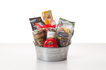 Classic Snack Basket
