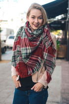 Plaid Blanket Scarf - Red Hunter