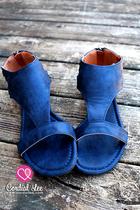 Monroe Mesa Sandals - Blue