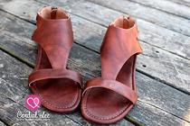 Monroe Mesa Sandals - Saddle