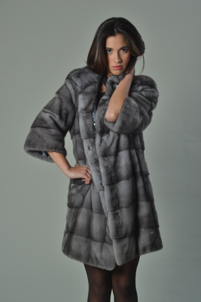 sapphire mink fur coat short sleeved knee length