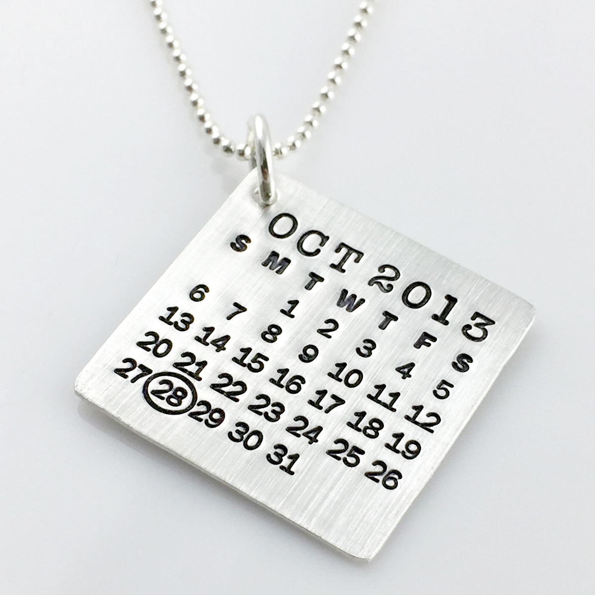 Mark Your Calendar Necklace with oval highlight