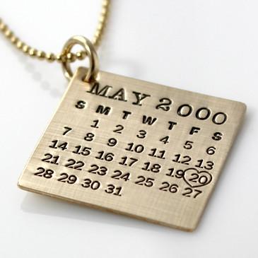 Mark Your Calendar Necklace - Gold Filled