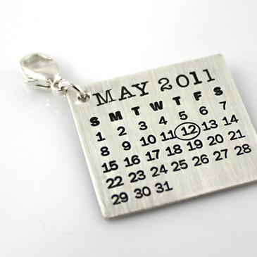 Mark Your Calendar Charm with Clasp
