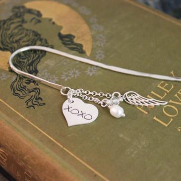 Hugs and Kisses XOXO Heart Simply Charming Bookmark