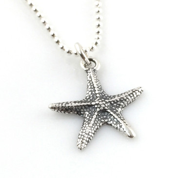Starfish Simple Charm Necklace