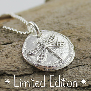 Dragonfly Necklace [Limited Edition]