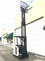 2009 Crown RC5530C-30, Electric Forklift, Dockstocker, Narrow Aisle