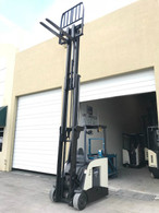 2012 Crown Electric Forklift RC5530-30, Dockstocker, Narrow Aisle 2018 Battery