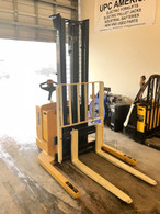 2004 YALE WALKIE STACKER 3800 LBS CAPACITY