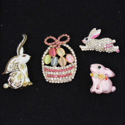 Easter Brooches Set