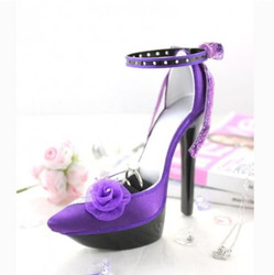 Chiffon Rose Ankle Strap Pump Ring and Earring Holder Purple