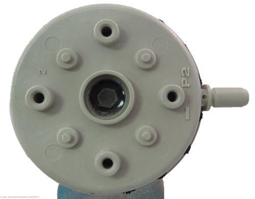 Part NumberUF-640 DescriptionPressure Switch, .65″ WC Used OnUH and FA