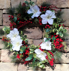 Amaryllis and Berry Wreath - 32""