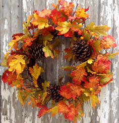 Oak Leaf Splendor Wreath - 18""
